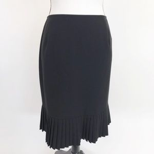 Briggs New York Accordion hem Black Skirt 12